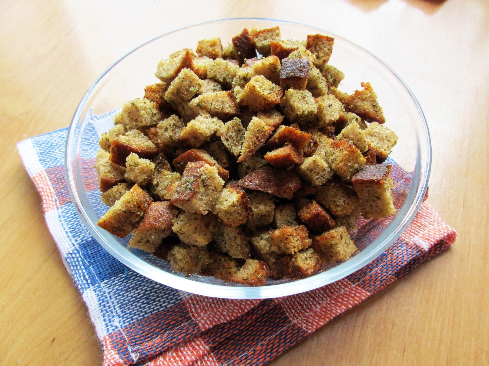 Как сделать домашние сухарики в духовке из хлеба