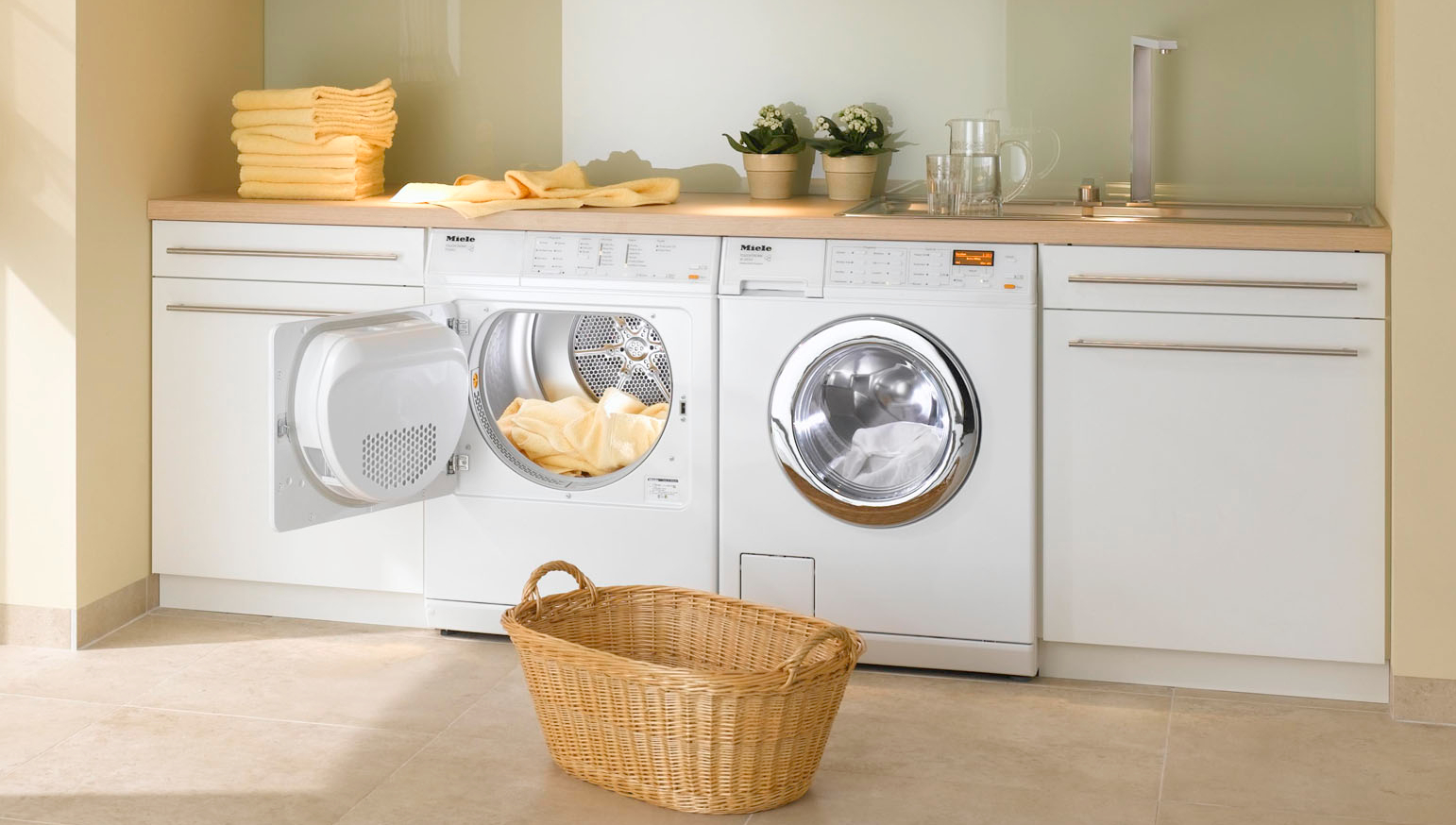 Как выбрать стиральную машинку с сушкой