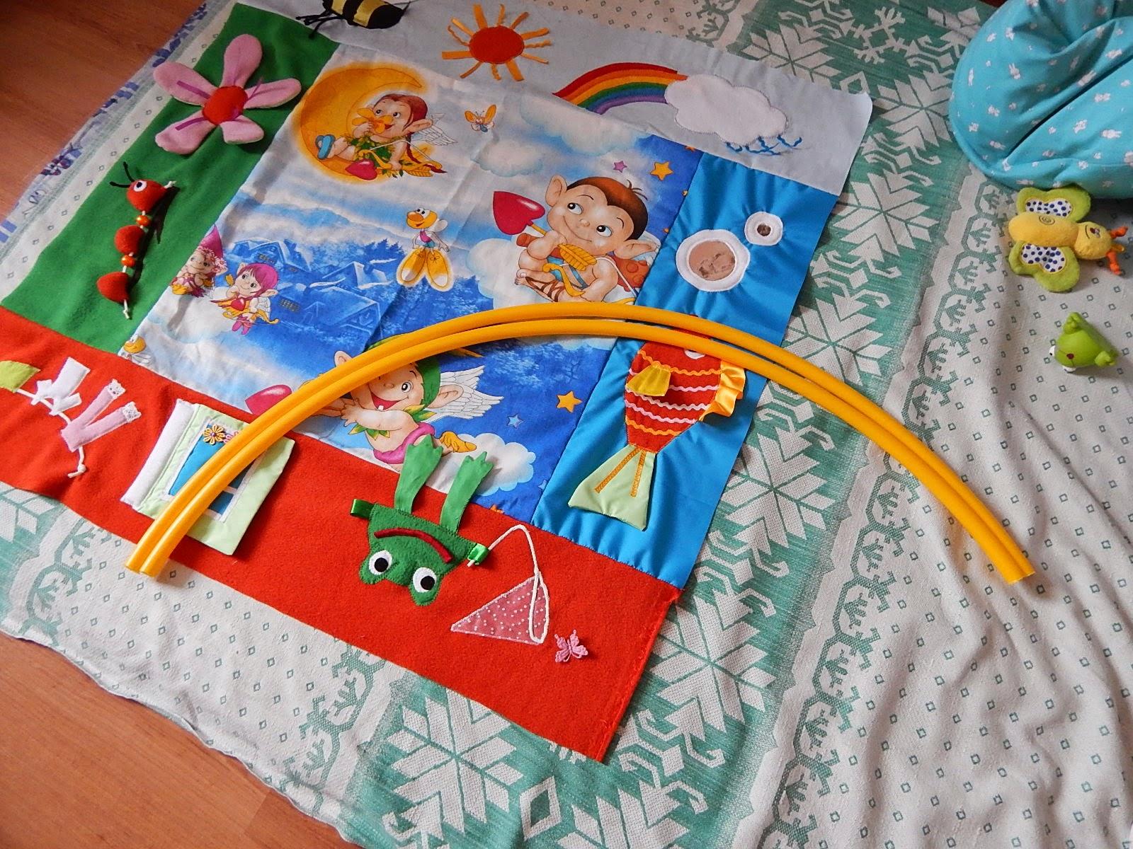 Сенсорные коврики для детей до года своими руками фото 550